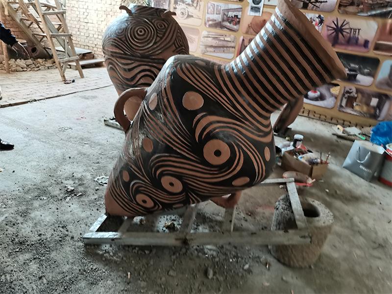 陶罐雕塑制作安装