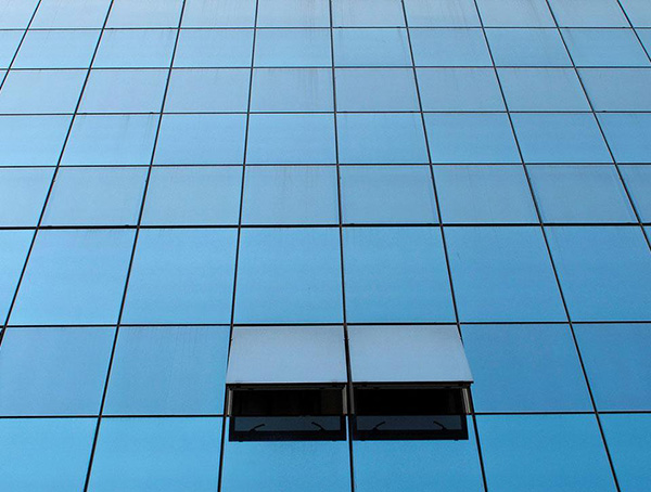 蘭州鳳鋁玻璃幕墻施工