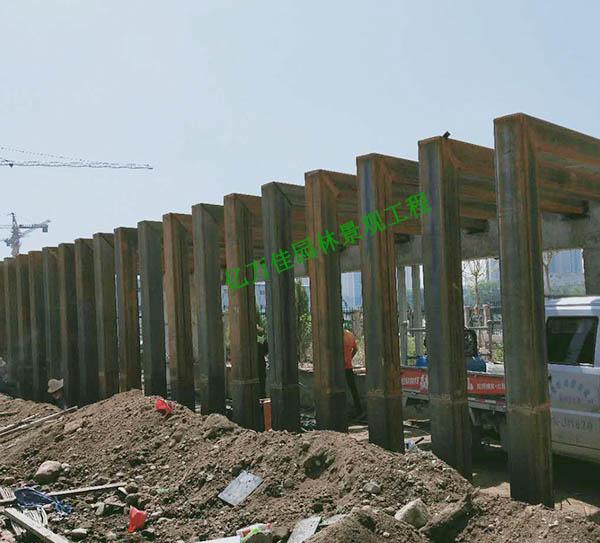 兰州七里河中国联通公司防腐木廊架
