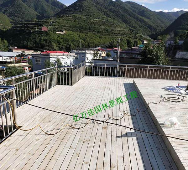榆中防腐木地板安装