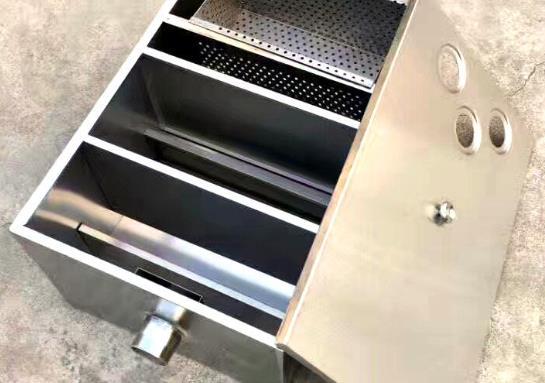 油水分离器厂家简述安装不锈钢油水分离器的注意事项
