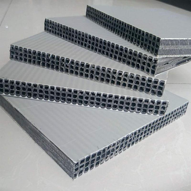 甘肃陇西县渭武高速排水沟项目新型塑料模板