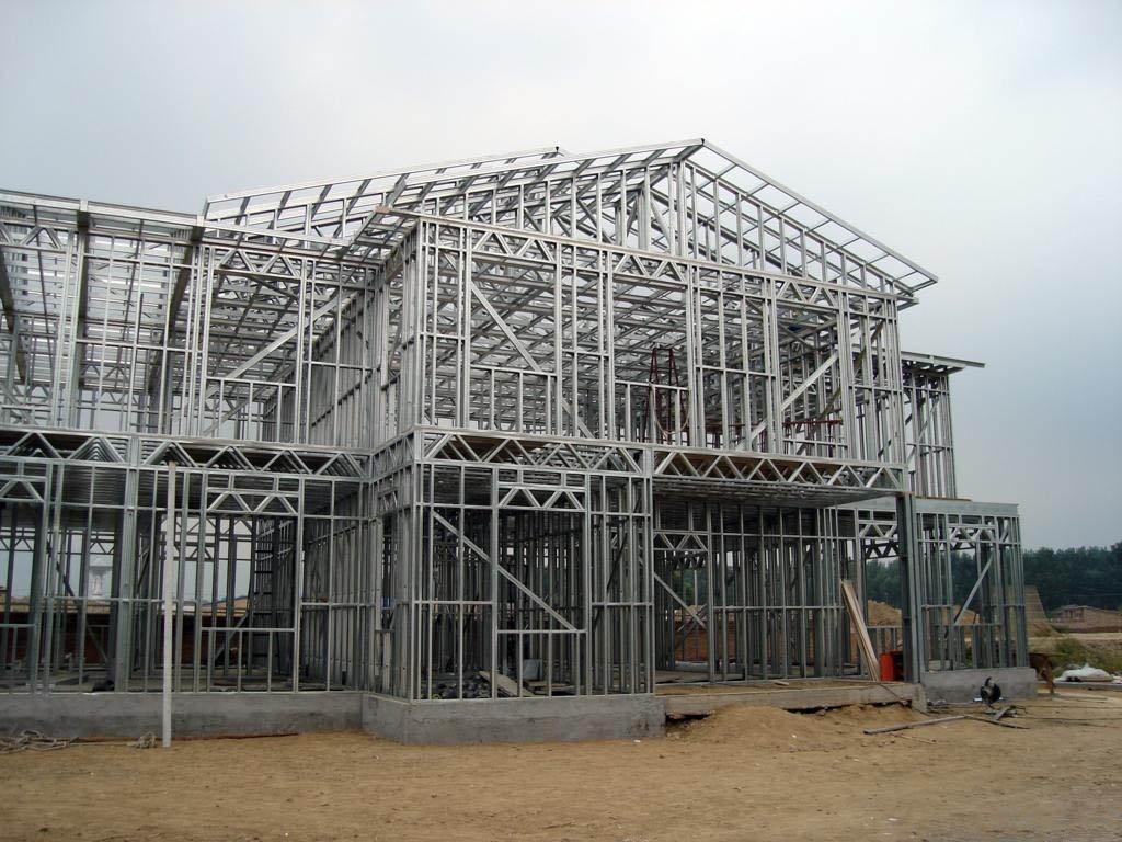 在安装钢结构时为什么会产生疲劳裂纹?