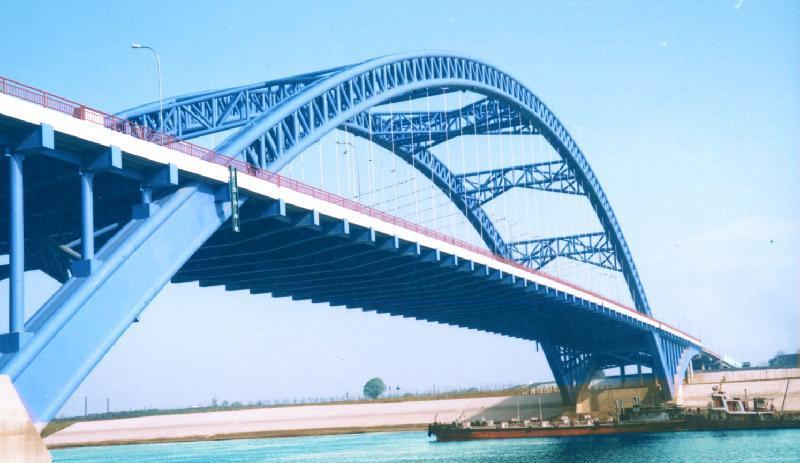 云南钢结构带你了解钢结构建筑的特点。