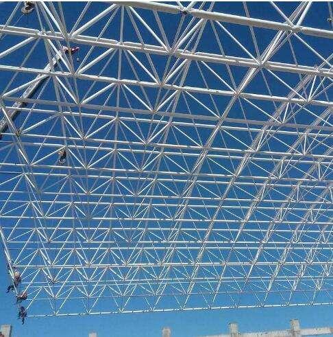 云南钢结构在安装时,必须注意的质量控制点。