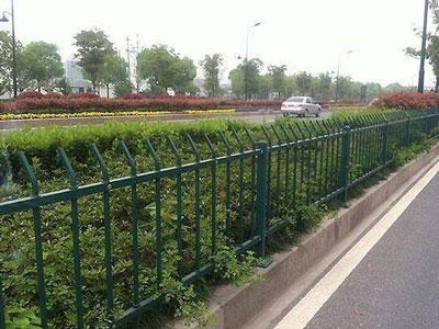 河北护栏来讲解关于道路交通护栏的法律法规