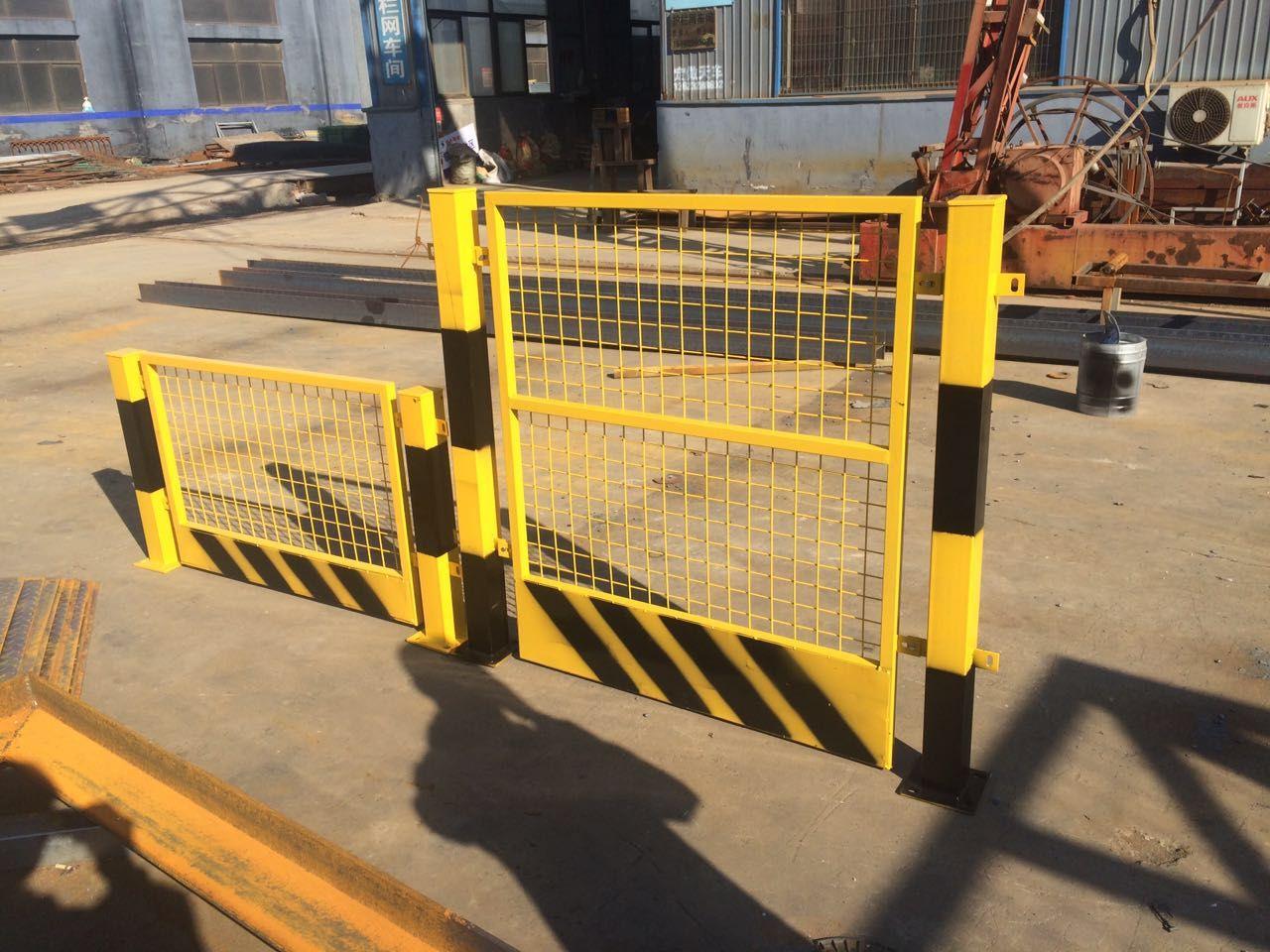 河北护栏网——机场护栏网防护网的保养方法