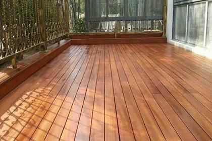 重庆防腐木地板安装