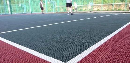 貴州懸浮塑膠籃球場