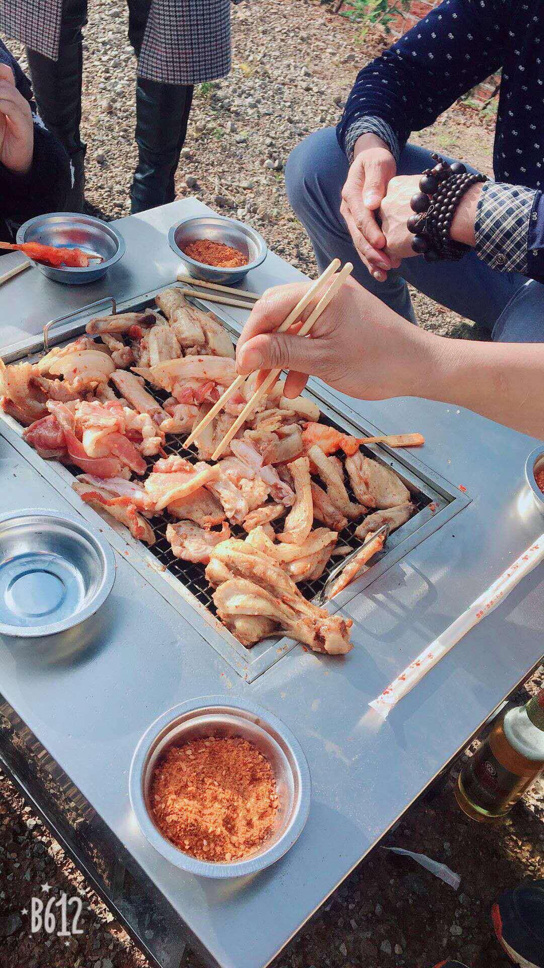 昆明野外烧烤桌