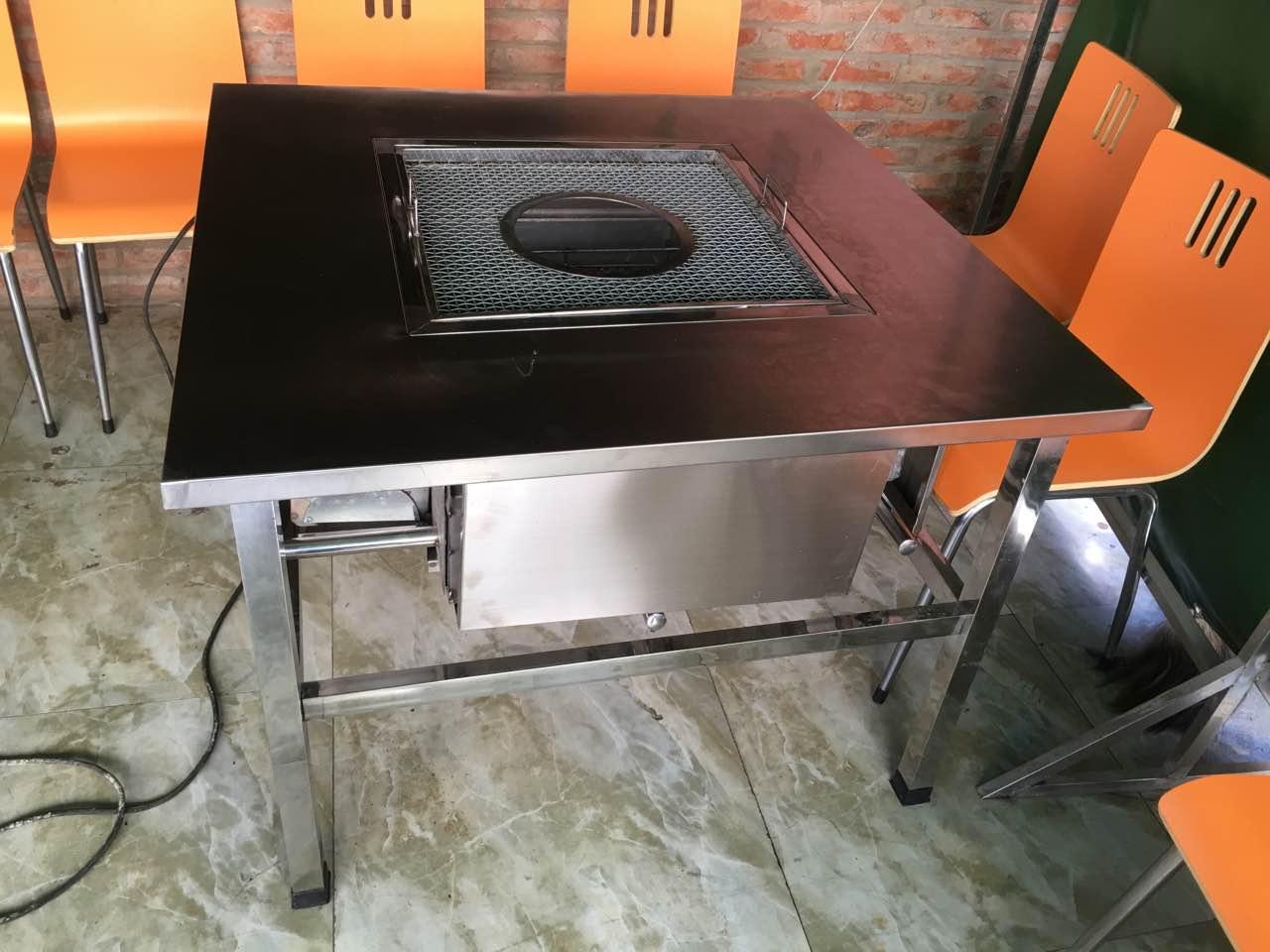 户外使用野外不锈钢无烟烧烤桌要选择合适的场所