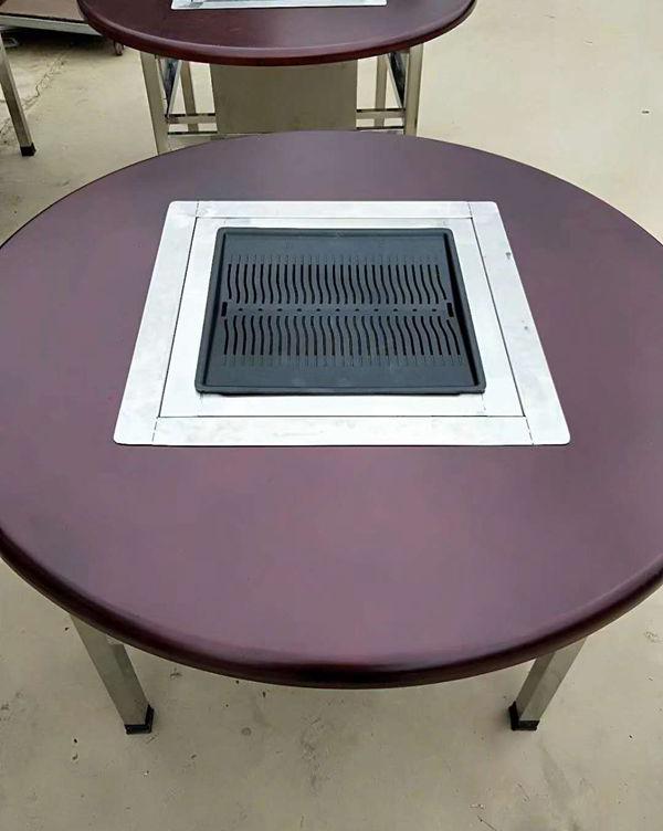 圆形实木烧烤桌展示