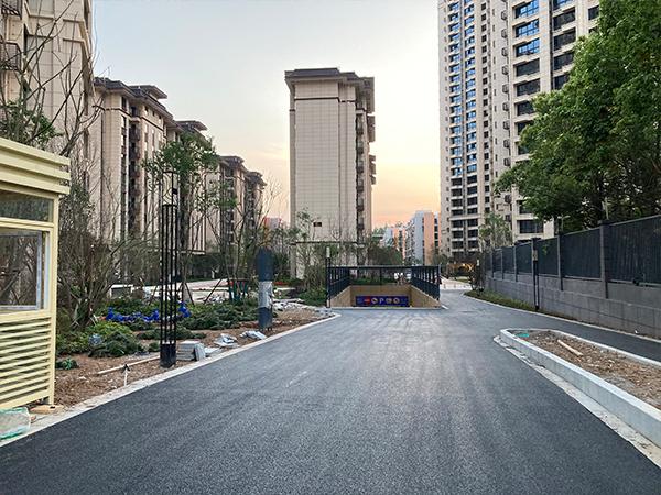 廣元小區路面瀝青攤鋪