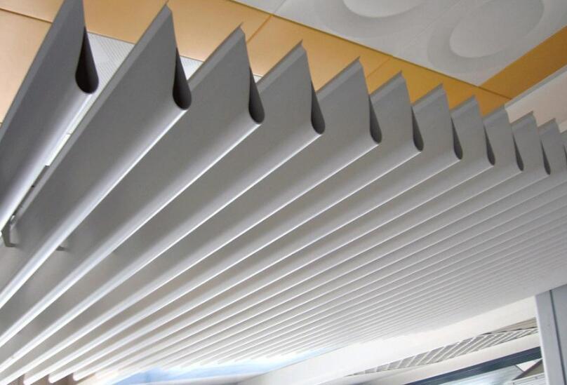 福泉铝天花板