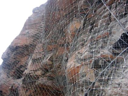 边坡防护网施工案例展示
