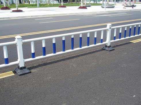 貴州道路護欄安裝