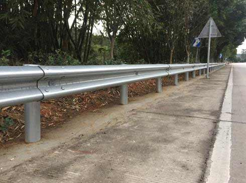 公路波形护栏