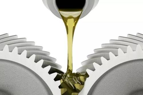 贵州合成油告诉你机油分类,自己的车用哪款心知肚明!