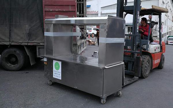 多功能环保烧烤车2