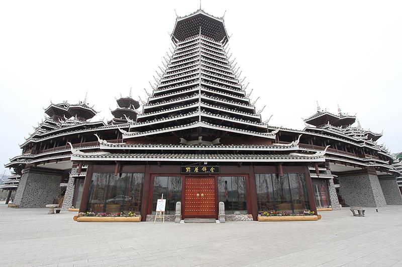 貴州多彩貴州城文化展示中心——貴州古建筑修建