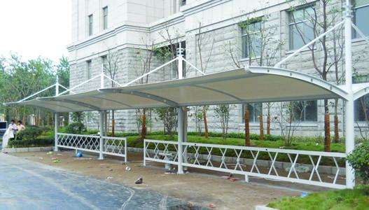 7字型膜结构自行车棚