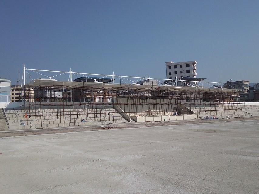 膜结构看台厂家:膜结构建筑的特点及应用领域