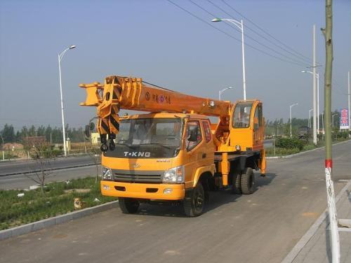清镇8吨吊车出租