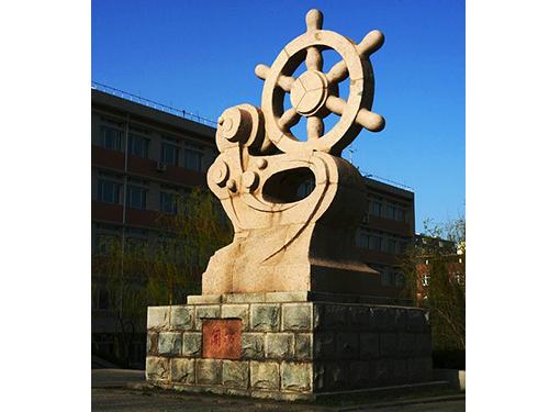 了解贵州贵阳卡通雕塑公司的发展在市场上有多久的历史