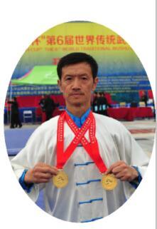 龙乾武术馆顾问:徐影