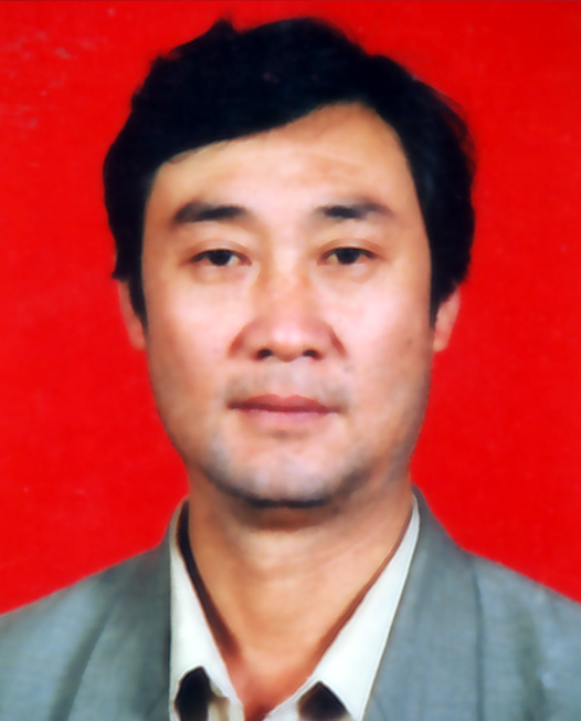杨家祥:退休乐队演奏员