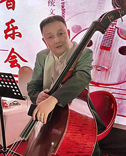 蔡华 (国家二级演奏员)
