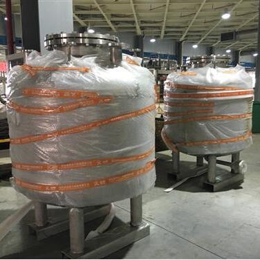 贵阳高新区大自然床垫不锈钢橡胶压力罐项目