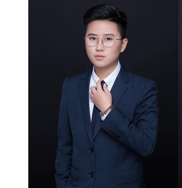 董胡娜律师