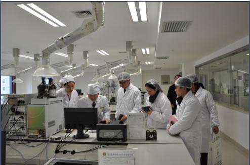 因为实验室仪器设备对电路的要求比较复杂