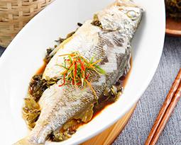 雪菜蒸野生黄花鱼