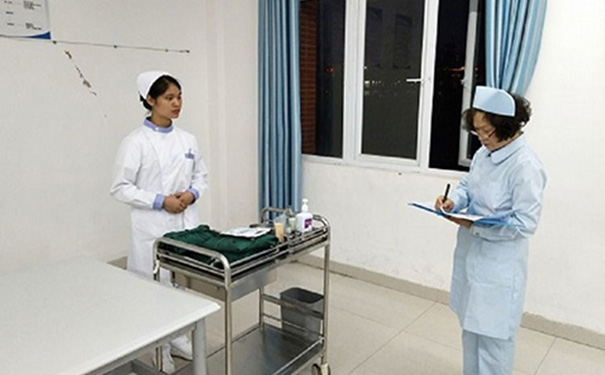 贵阳高级护理学校