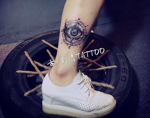花果园小腿纹身