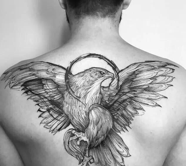 贵阳后背纹身