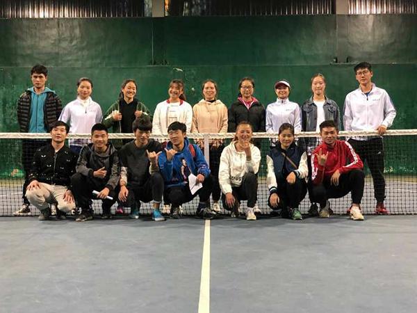 网球培训基地中心