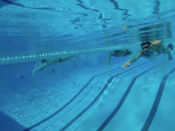 贵阳成人游泳培训班
