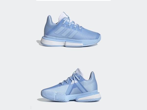 阿迪达斯网球鞋