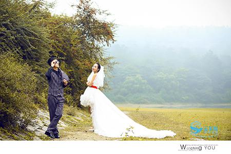 名爵棋牌婚纱好心好意摄影工作室