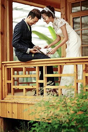 21999元爱你久久,名爵棋牌师姐婚纱拍摄公司,名爵棋牌婚纱摄影哪家好