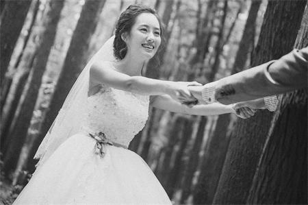 名爵棋牌婚纱摄影风格