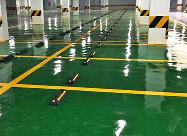 不止厂房可以做水性环氧地坪漆,停车场同样也可以做