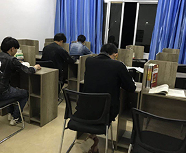 贵州寄宿式考研学习