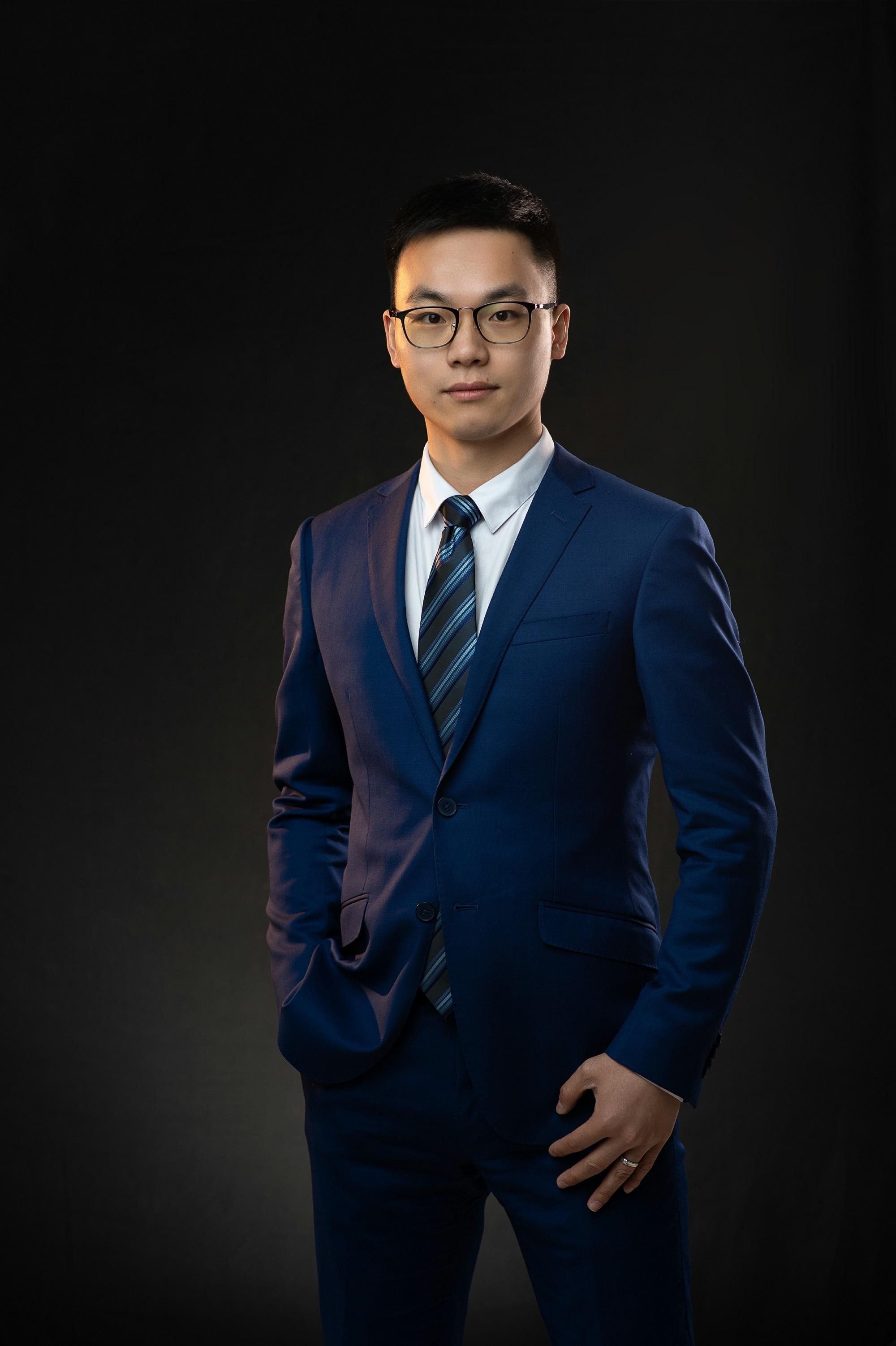 闵家星律师
