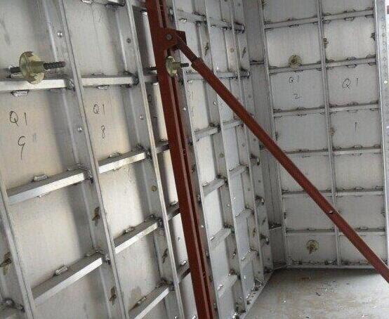 解决铝合金模板施工问题的有效措施