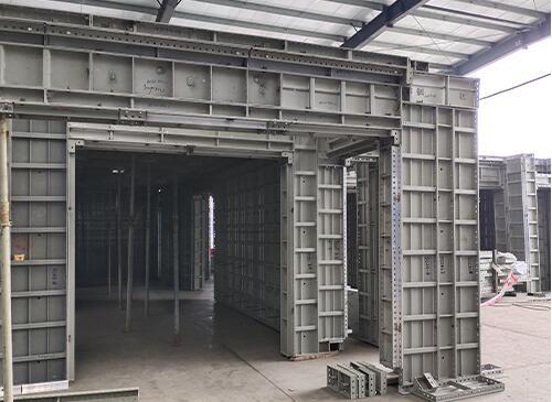 建筑铝模板表面如何翻新清洗?