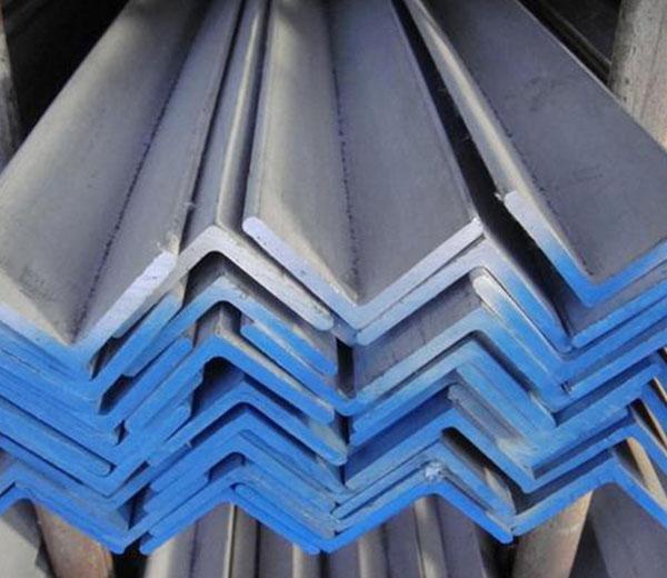 长沙角钢厂家之使用角钢会出现哪些问题?